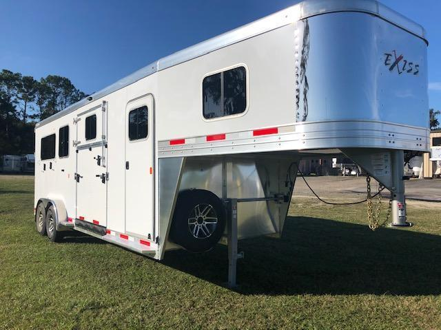 2020 Exiss Trailers 2 +1 insulated w/dressing room Horse Trailer
