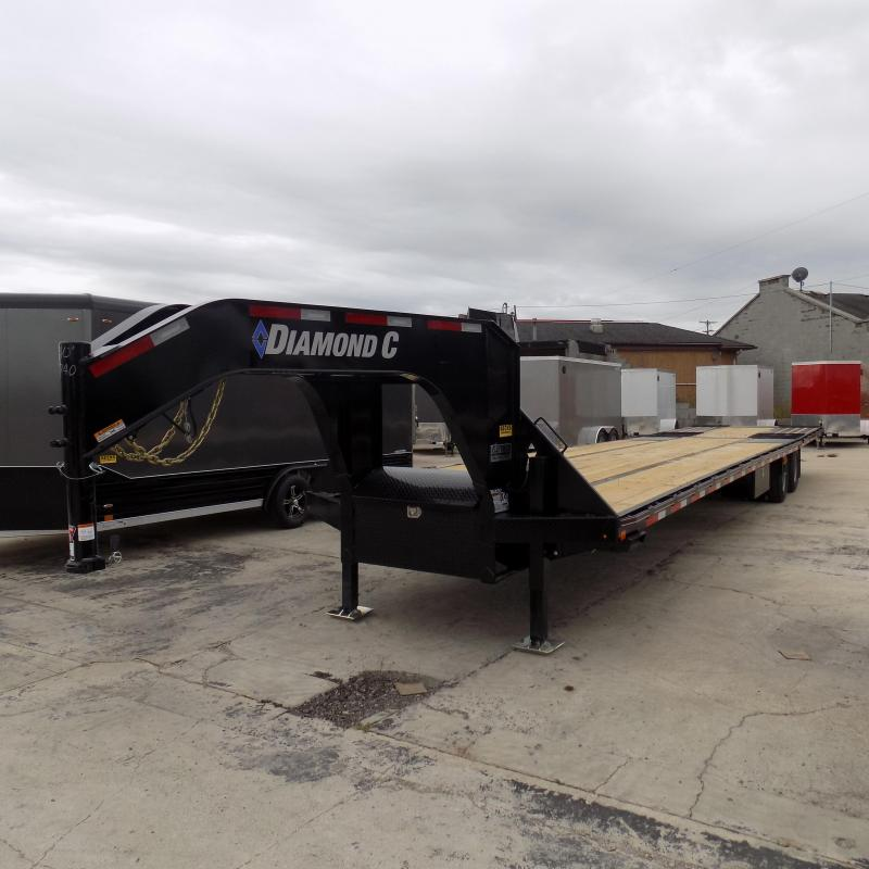 "New Diamond C Trailers 102"" x 40' Gooseneck w/ Hydraulic Dovetail - Brakes  - Jacks"