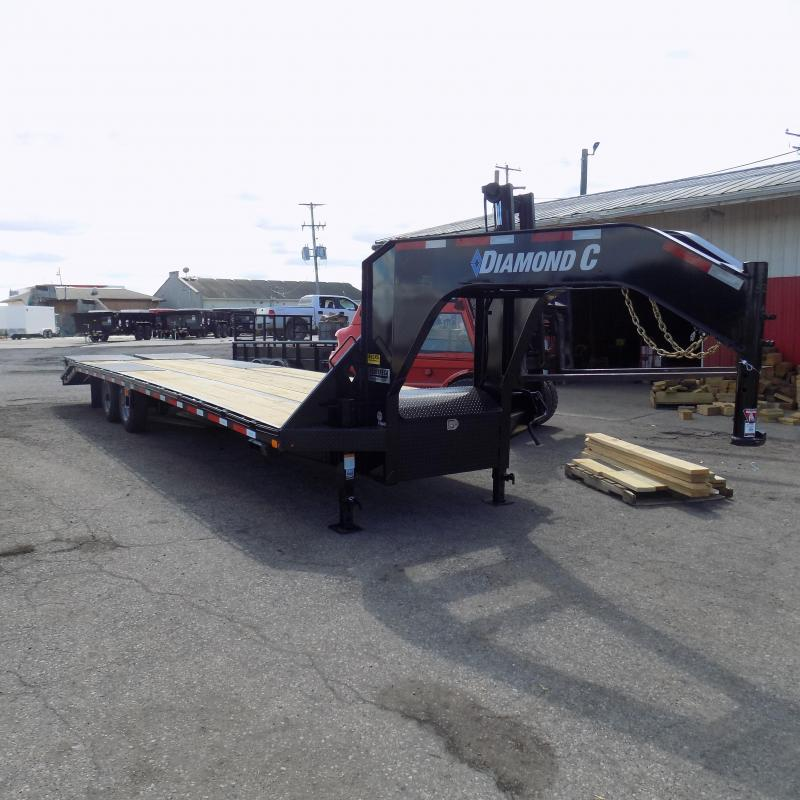 "New Diamond C Trailers 102"" x 32' Gooseneck Equipment Trailer"