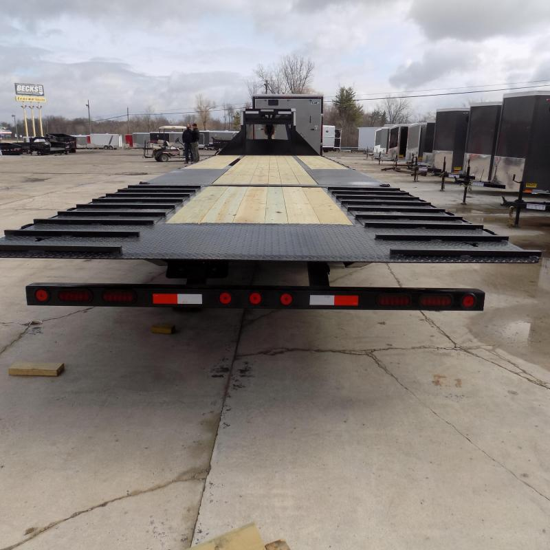 "New Iron Bull FHG 102"" x 32' Gooseneck Trailer With Hydraulic Dove"