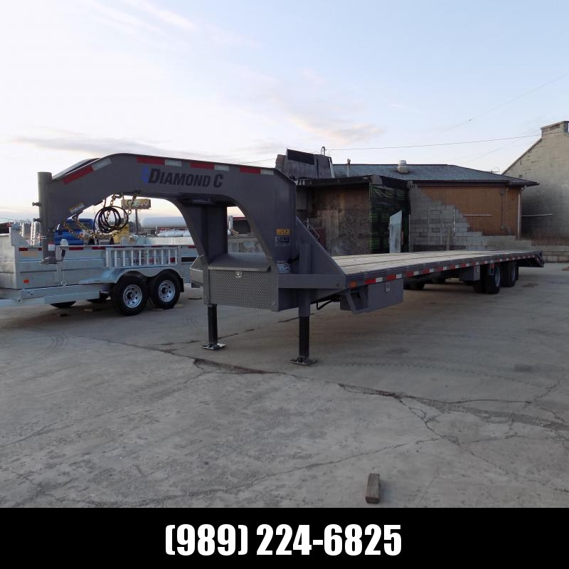 """New Diamond C Trailers 102"""" x 40' Gooseneck Trailer - 25,900# Weight Rating & Hydraulic Jacks - $0 Down Financing Available"""