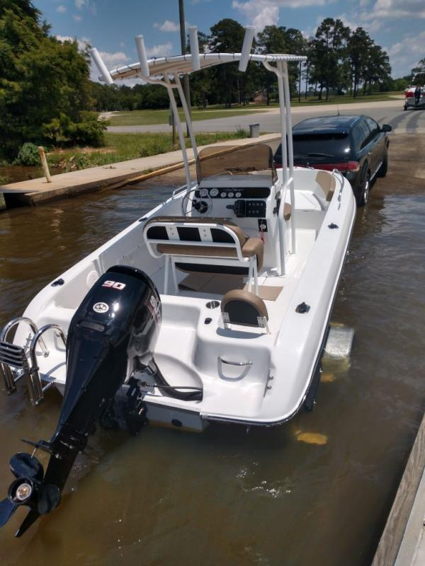 2019 Caravelle Boat Group Key Largo 1800CC