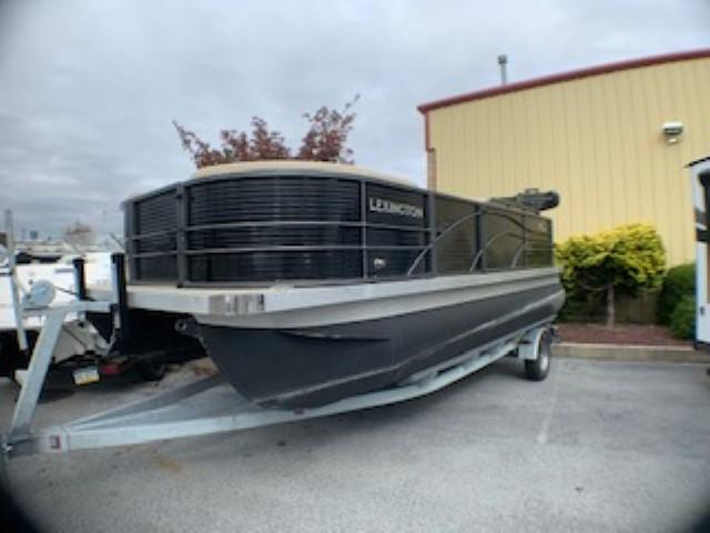 2019 International Pontoon Corporation Lexington 319