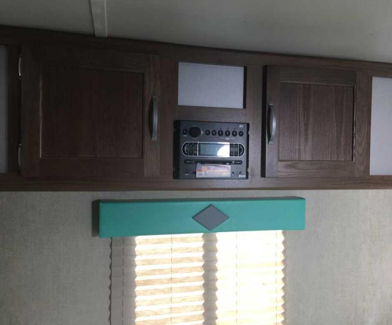 2019 Gulf Stream Coach Capri 199DD