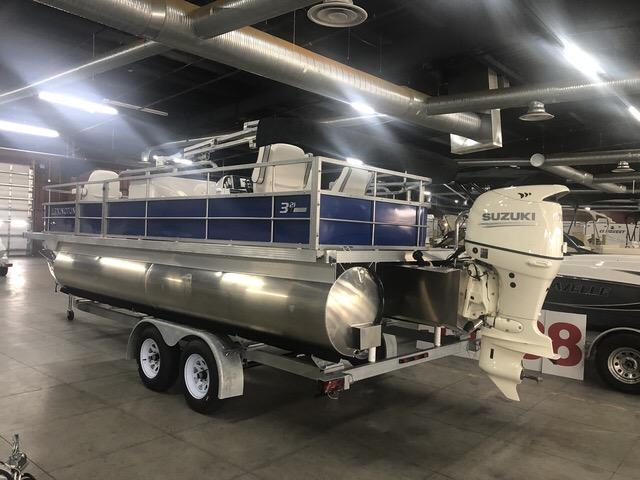 2019 International Pontoon Corporation Lexington 321