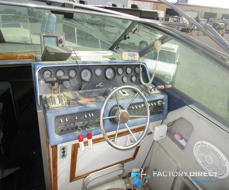 1988 Sea Ray Boats Inc Sea Ray 300 WEEKENDER