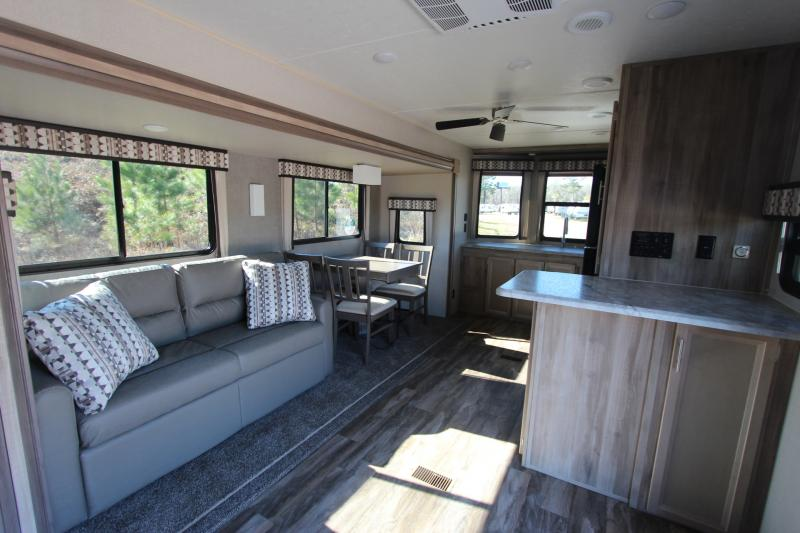 2020 Coachmen By Forest River Catalina 33FKDS