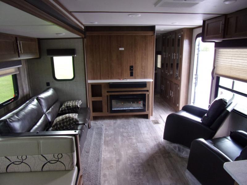 2020 Gulf Stream Coach Conquest 295SBW