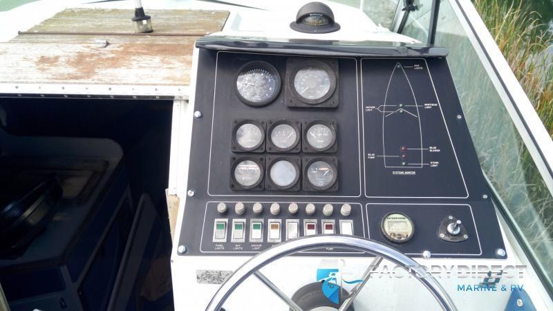 1985 Wellcraft Boats Wellcraft 230Cabin