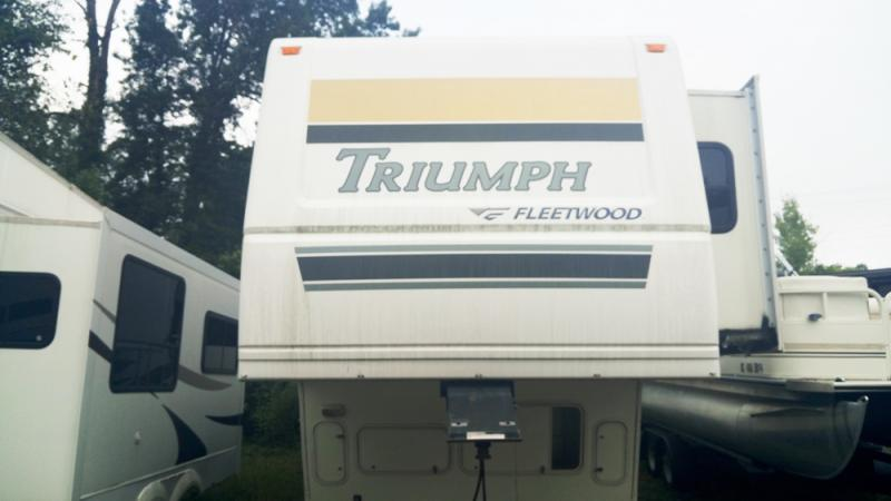 2006 Fleetwood Triumph 36BSQS