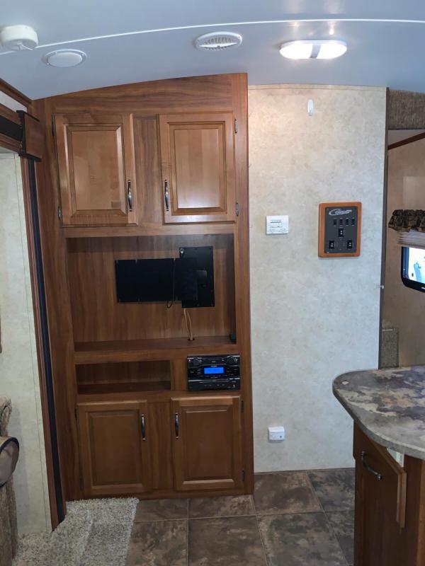 2013 Keystone Rv Company Cougar 32RBK