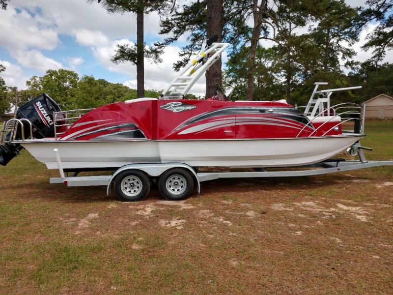 2019 Caravelle Boat Group Razor 238PF
