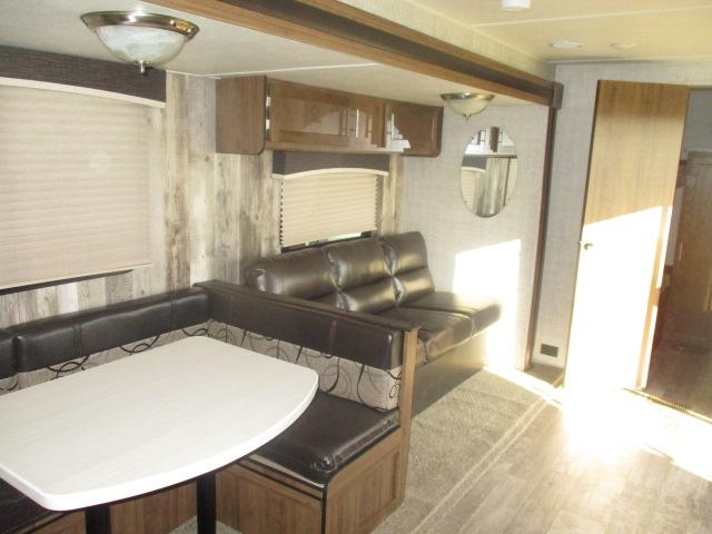 2020 Gulf Stream Coach Conquest 36FRSG