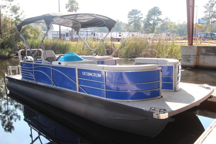 2019 International Pontoon Corporation Lexington 523