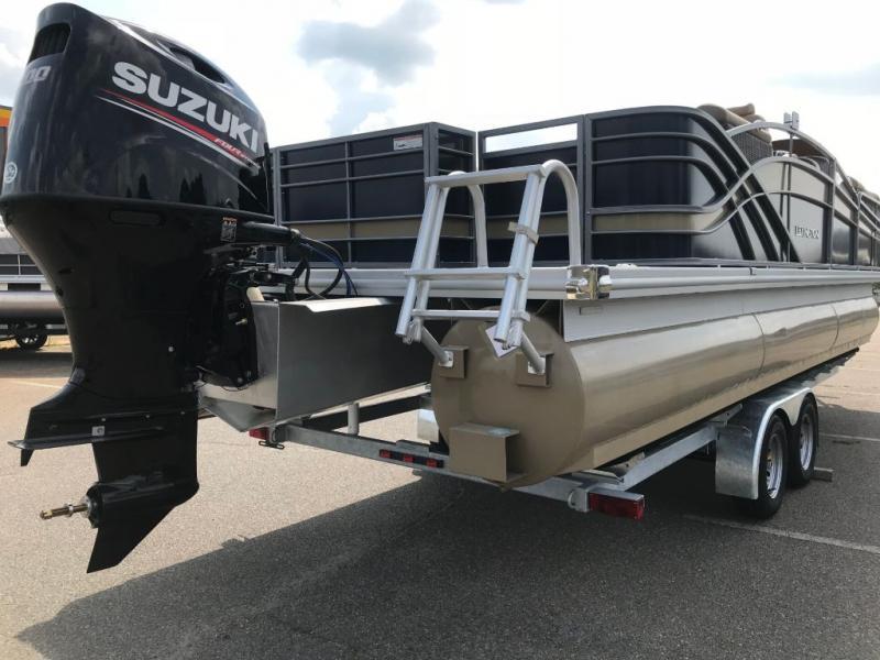 2018 Lexington Marine Group Lexington 725