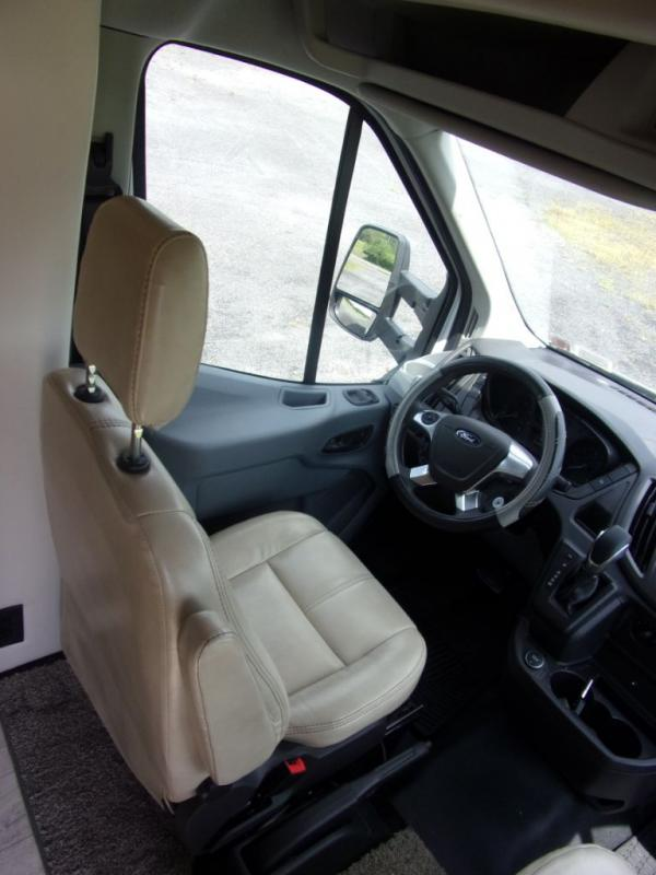2018 Thor Motor Coach Compass 235TB