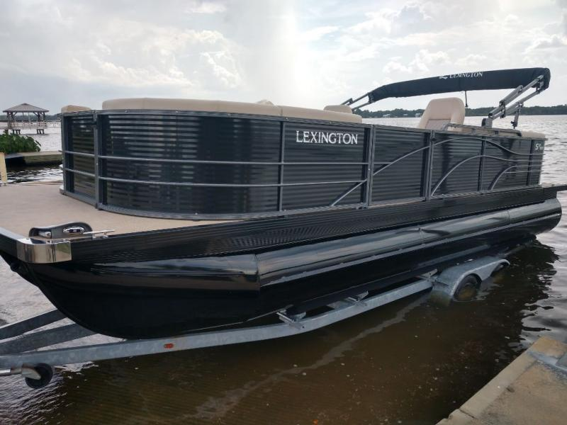 2020 International Lexington 524 EXTREME