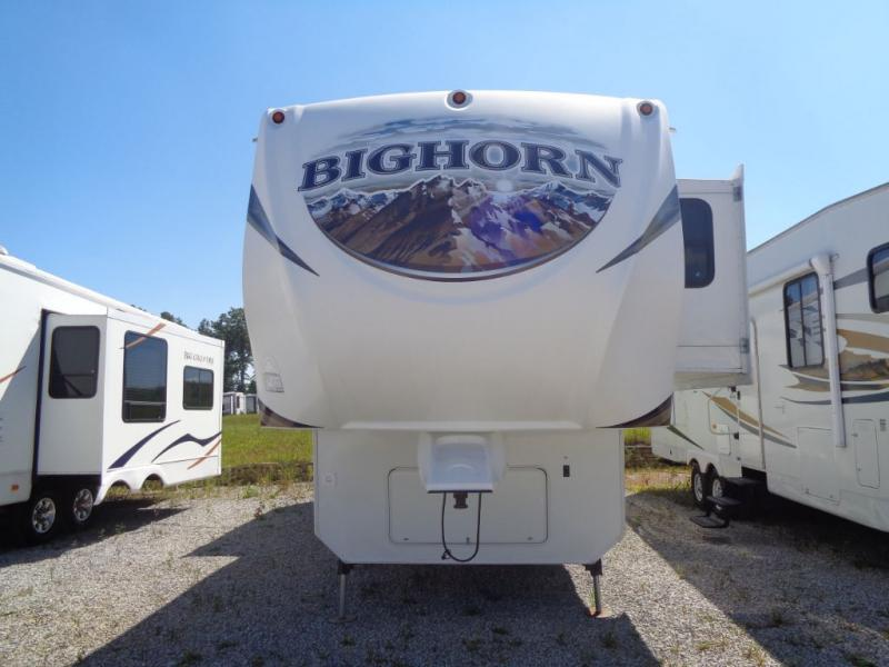 2013  Bighorn 3010RE