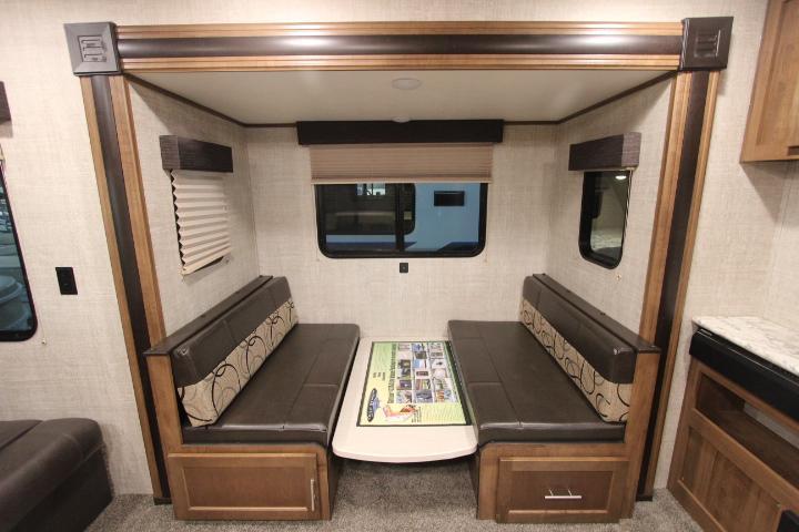2020 Gulf Stream Coach Conquest 236RL