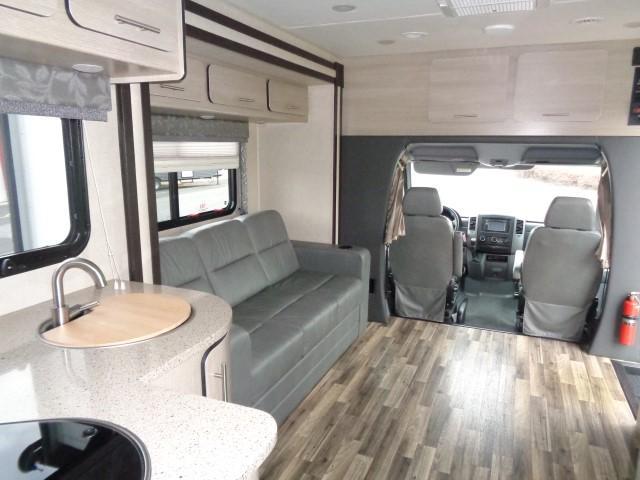 2015 Renegade Custom Coaches Villagio 25HAB
