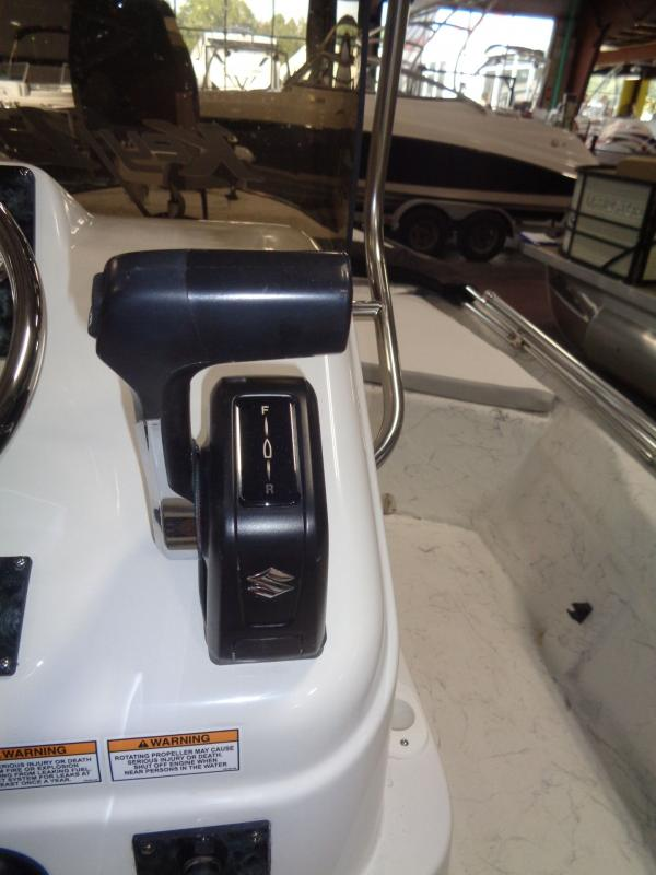 2019 Caravelle Boat Group Key Largo 181 BAY