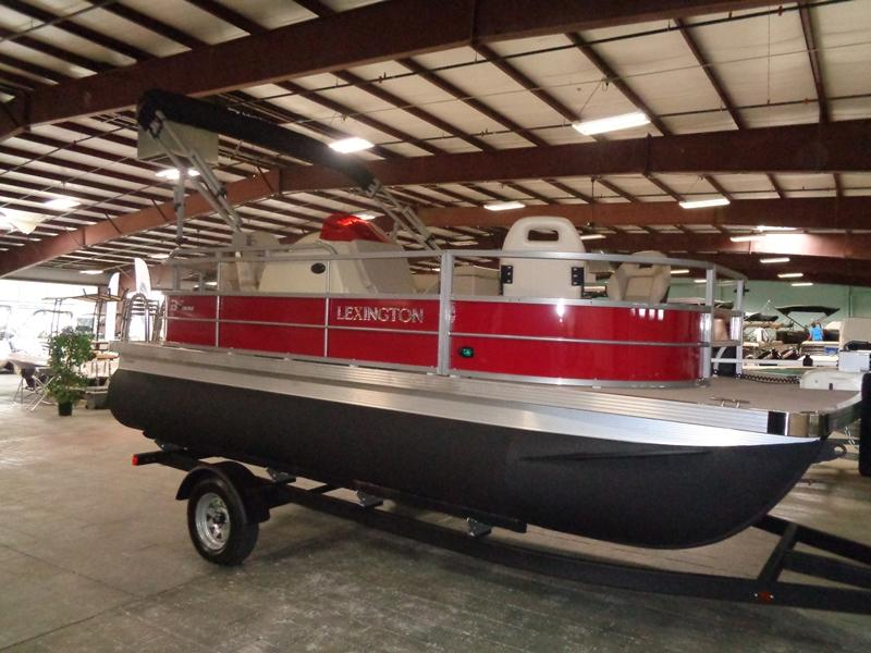2019 International Pontoon Corporation Lexington 317