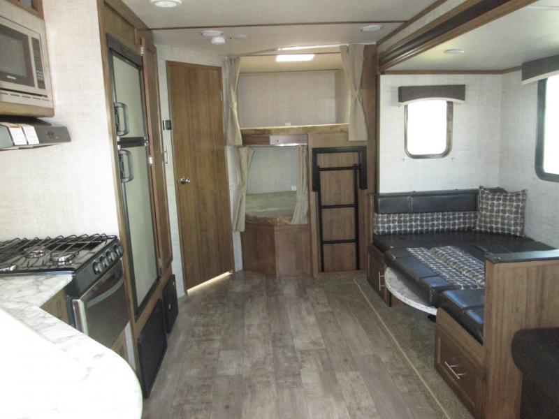 2019 Gulf Stream Coach Conquest 278DDS