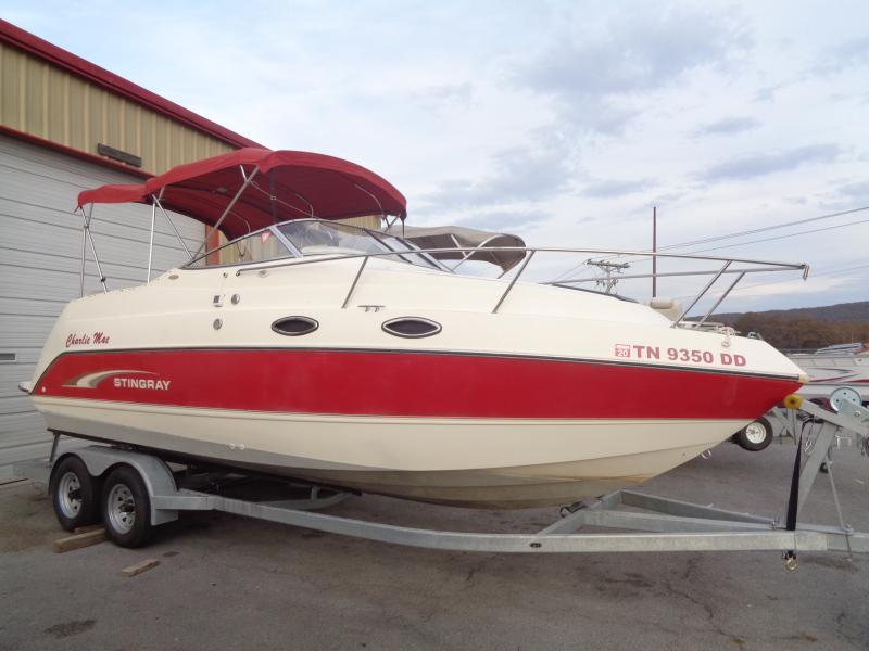 2001  Stingray 240CS