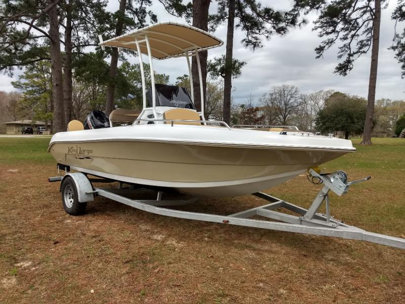 2019 Key Largo 1800CC
