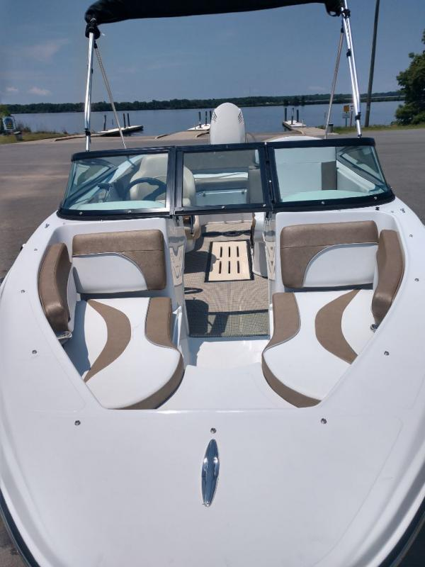 2019 Caravelle Boat Group Caravelle 19ebo Factory Direct