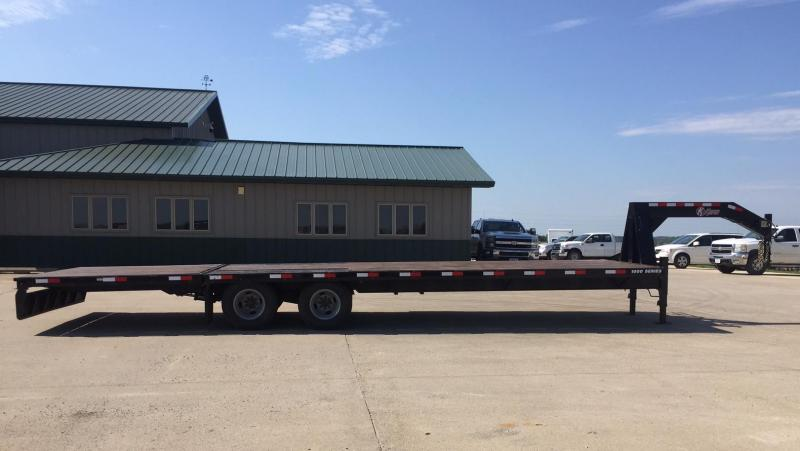 2015 Keifer Built 30' Gooseneck including 8' Power Dove-Tail Flatbed Trailer