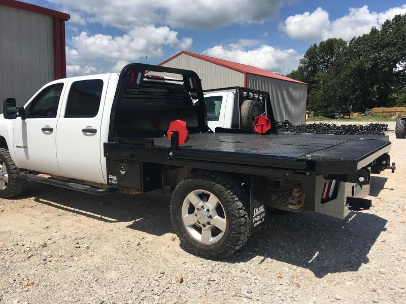 Crownline Squeeze Arm Bed Single Rear Wheel in  Onia, AR