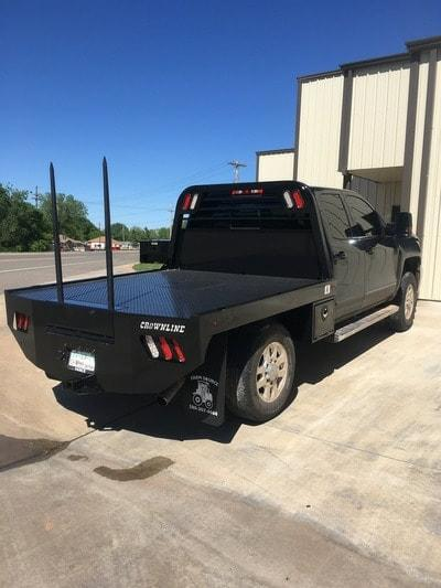 Crownline Bale Spear Bed Single Rear Wheel