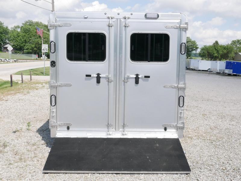 2019 Sooner Sooner Select 720W BP Livestock Trailer