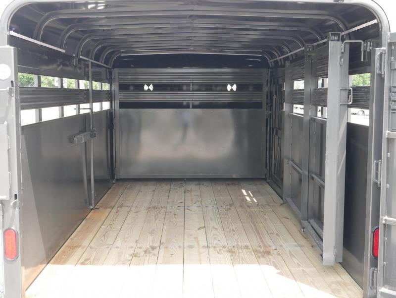 2020 CornPro SB 16 6S Ramp Livestock Trailer