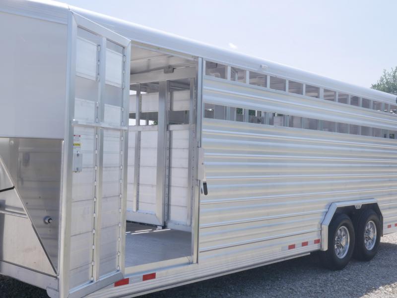 2020 Cimarron Trailers Lonestar S Goosneck Livestock Trailer