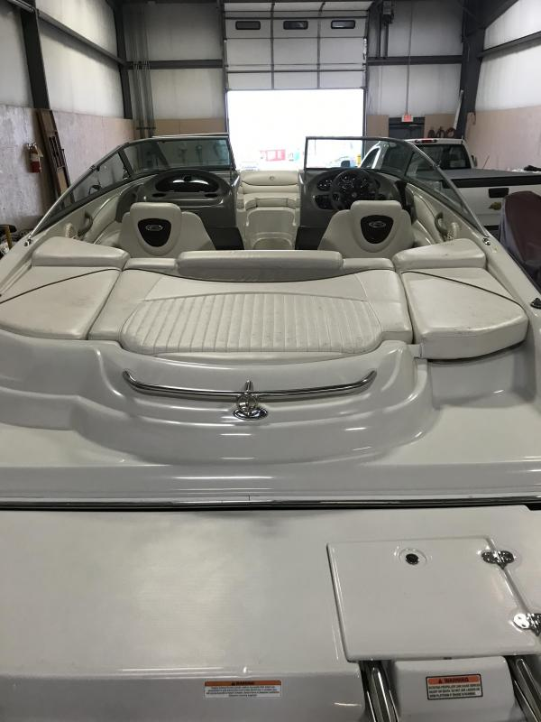 2004 Crownline 206 LS Runabout Boat