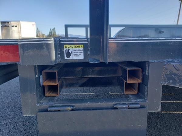 2020 X-On UT831423 Uttility Utility Trailer