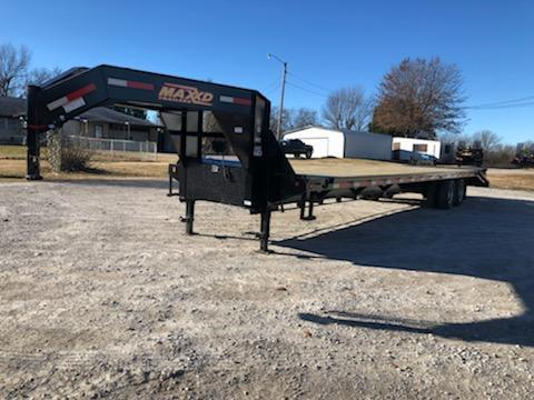 NEW MAXXD 36' TANDEM DUAL FLATBED WITH MAXXD-OUT RAMPS