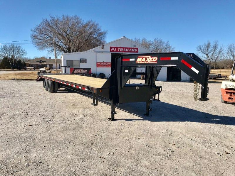"""NEW MAXXD 36' X 102"""" TANDEM DUAL FLATBED WITH MAXXD-OUT RAMPS"""