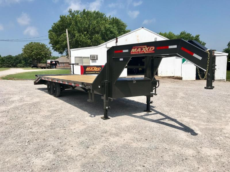 NEW MAXXD 25' GSX SINGLE WHEEL FLATBED WITH DOVETAIL AND MAXXD OUT RAMPS