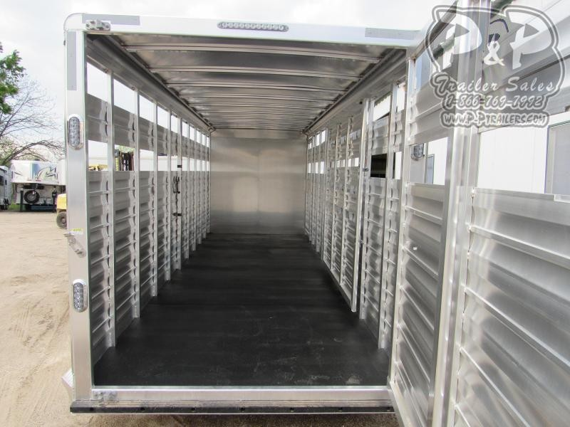 2019 CM Aluminum Roundup 24x6.8x7' Livestock Trailer