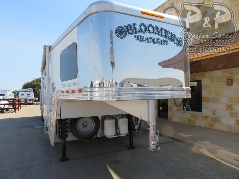 2017 Bloomer 8414 4 Horse Slant Load Trailer 14 FT LQ With Slides w/ Ramps