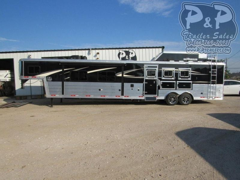 2020 Bison Trailers Premiere 3 Horse 17' Living Quarters Side Load 3 Horse Slant Load Trailer LQ With Slides