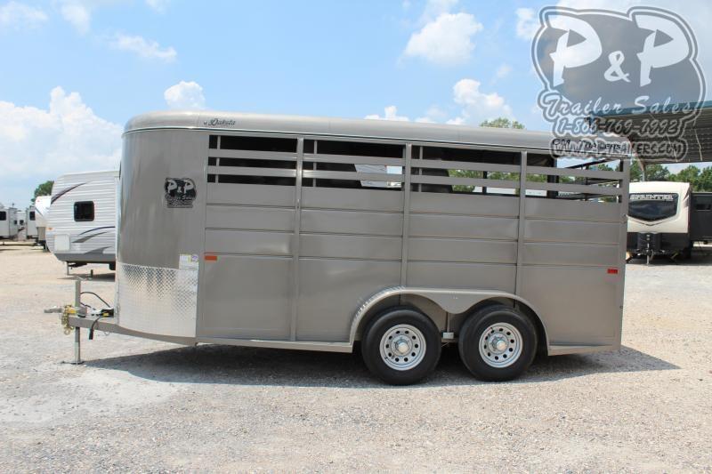 2020 CM Dakota CMH0833-1600235 3 Horse Trailer Slant