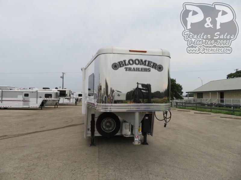 2016 Bloomer 8316TB 3 Horse Slant Load Trailer 16 FT LQ w/ Ramps