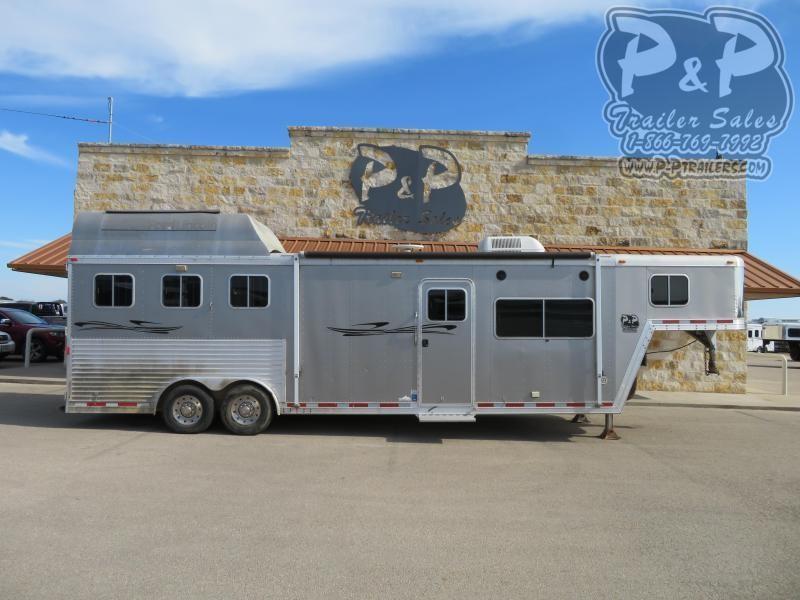 2004 Featherlite 8313 3 Horse Slant Load Trailer 13 FT LQ