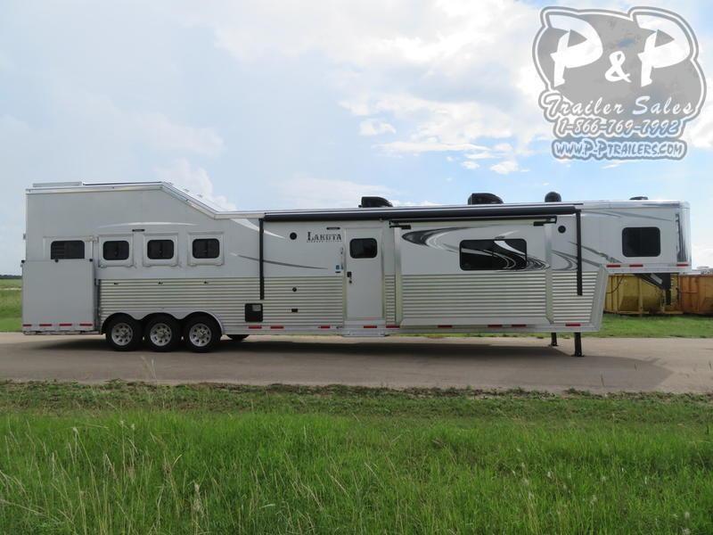 2020 Lakota Bighorn 4 Horse 19' Short Wall 4 Horse Slant Load Trailer 19 FT LQ With Slides w/ Ramps