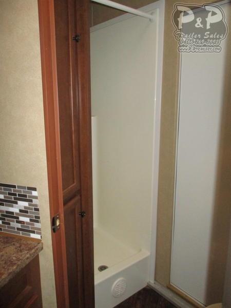 2012 Bison Trailers Stratus 380ML 3 Horse 8' Short Wall 3 Horse Slant Load Trailer 0 FT LQ w/ Ramps