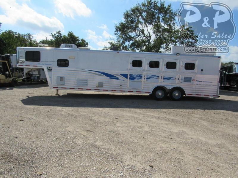 2003 Bloomer 8414 4 Horse Slant Load Trailer 14 FT LQ